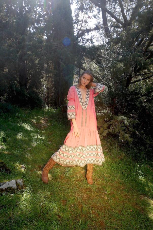 Celia Dragouni The Red Amazona