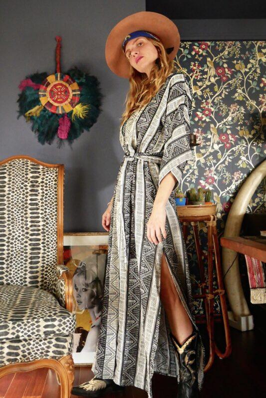 Celia Dragouni Afro Vibes Grey Kimono Robe