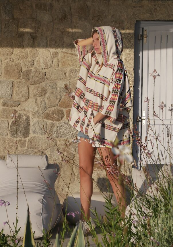 Celia Dragouni Eagle Pink Hooded Poncho