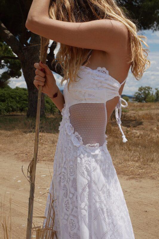 Celia Dragouni The White Daisies