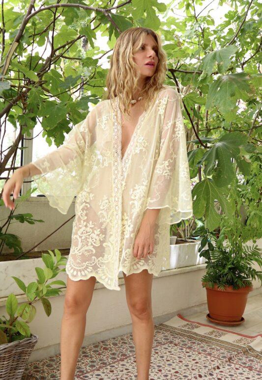 Celia Dragouni The Retro Lace Kimono