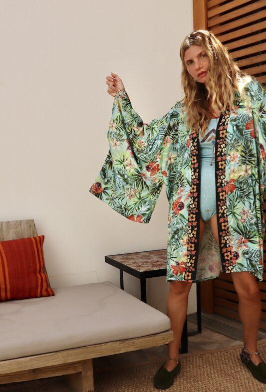 Celia Dragouni The Hawaiian Tropic Kimono